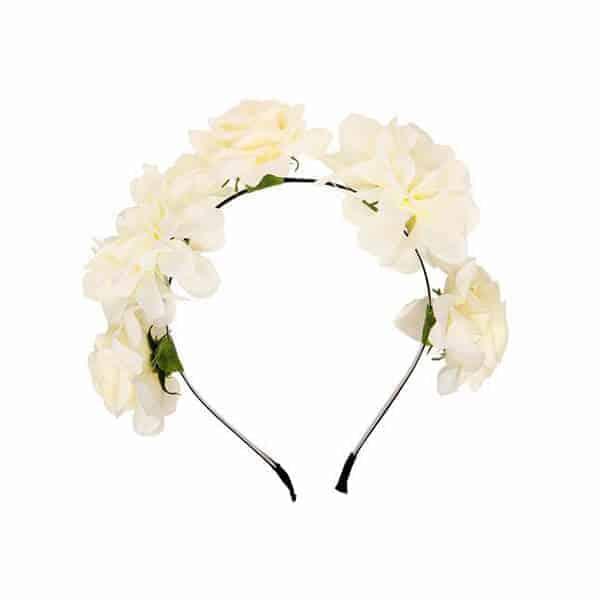 קשת פרחים מהודרת בצבע שמנת