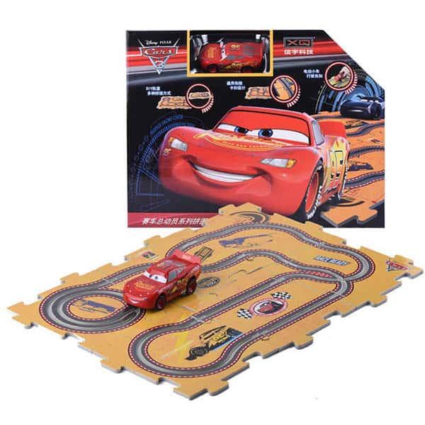 מכונית CARS ומסלול