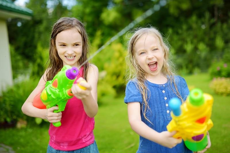 משחקי מים לחצר
